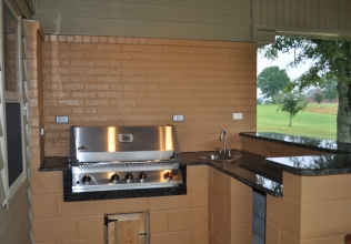 13-Outdoor-Kitchen