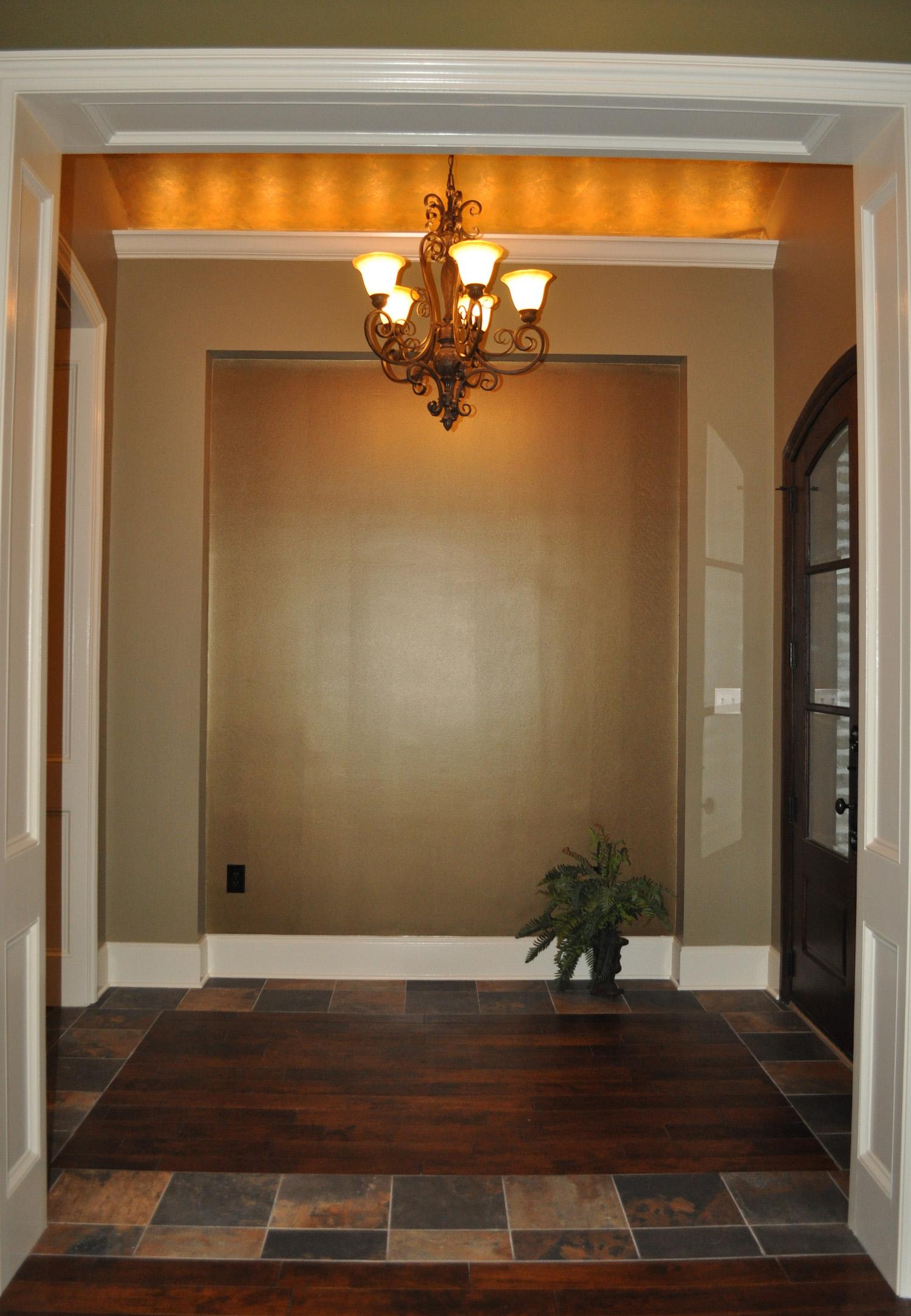 5.75-Foyer