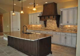 16 Kitchen with Glass Tile Backsplash