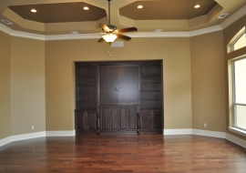 07 Living Room Built Ins