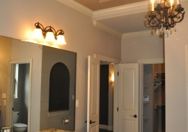 25 Master Bath Make Up Vanity