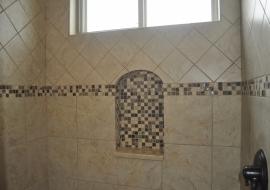 35- Master Shower Niche