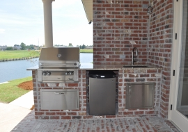 44 - Outdoor Kitchen