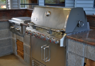 17-Outdoor-Grill-Side-Copy