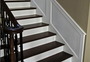 10-Lakeshore-Staircase